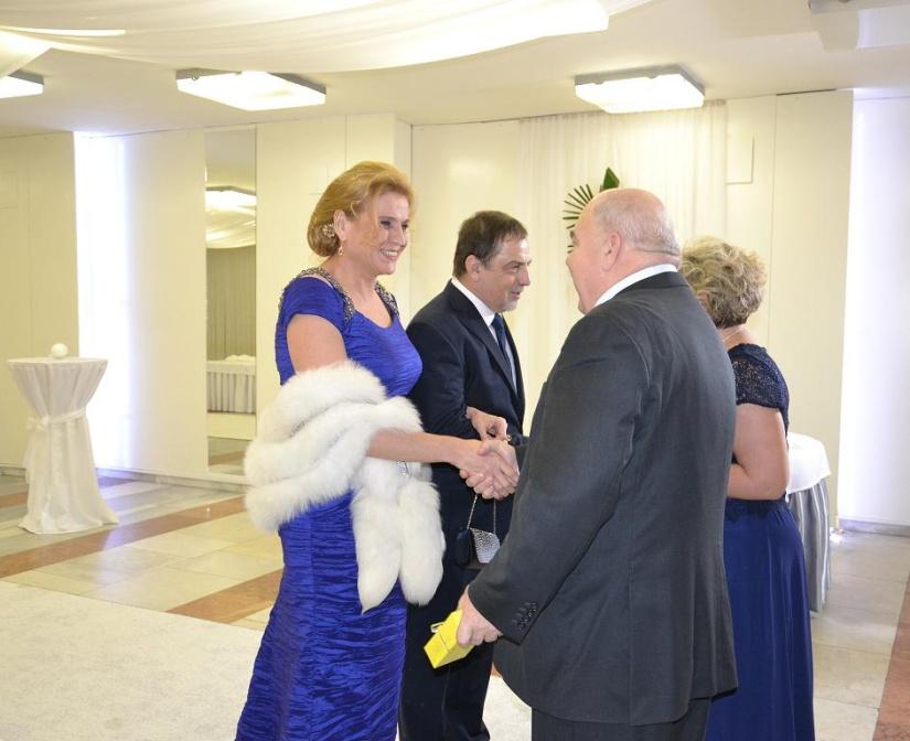 83c7ed497 XVIII. Reprezentačný ples mesta Humenné v kubánskom duchu ...
