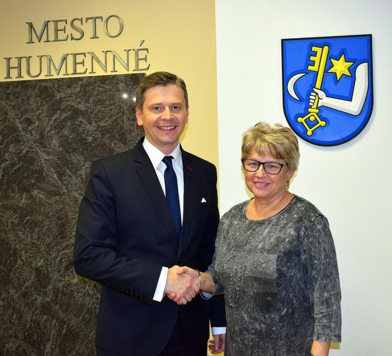 e6bc4fd0e Novou prednostkou Mestského úradu sa stala Valéria Kurťáková ...