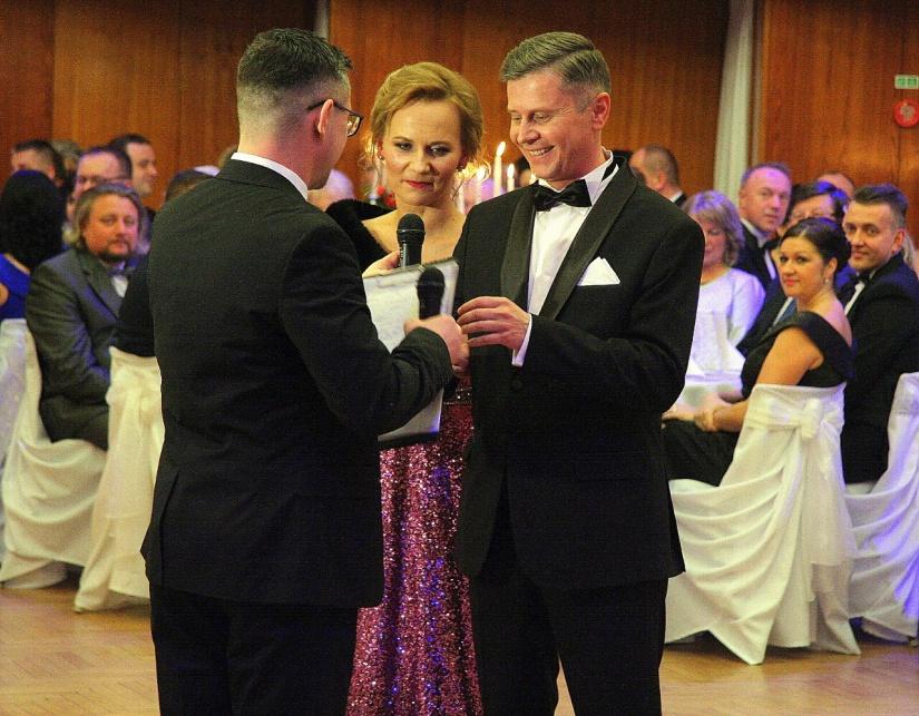 0dcd255ca XXI. Reprezentačný ples mesta Humenné sa niesol v znamení tanca a ...